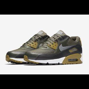 (New) Men's Nike Air Max 90